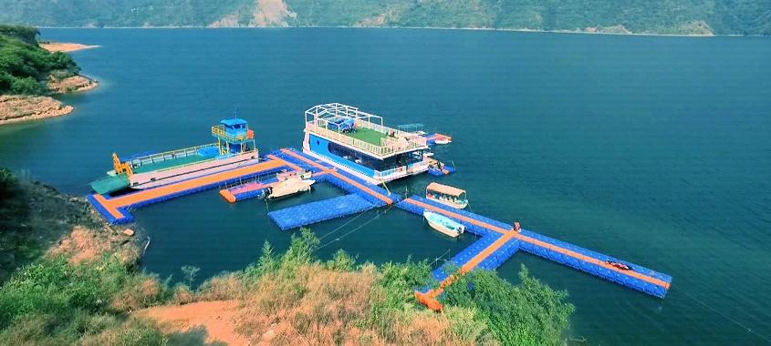 Tehri dam reservoir